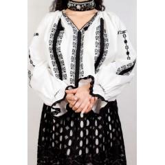 Ie românească Adele - Negru