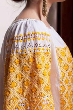 Ie românească Bulgaraș galben
