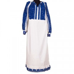 Traditional Romanian blouse from Argeș, with blue roses