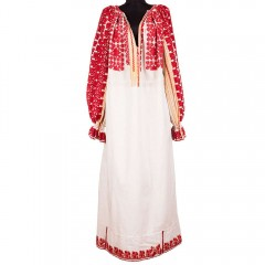 Traditional Romanian blouse from Rucăr, with red decorations