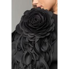 Jacheta cu flori pe mâneci